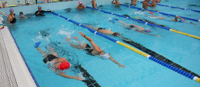 Entrenando en piscina