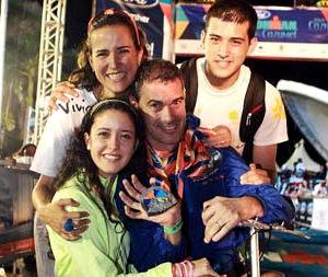 Pablo Ferrara y su familia en el IM Cozumel 2013
