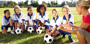 Entrenadora futbol infantil