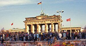 Caída Muro de Berlín - Puerta de Bandermburgo