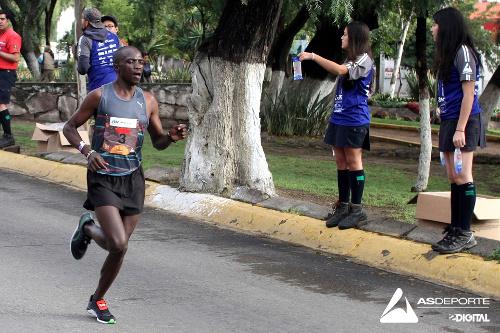 Keniata corriendo Arboledas
