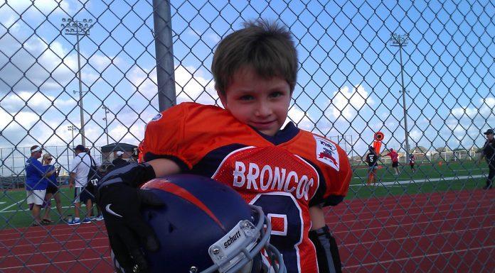 Mauricio (6 años) Futbol Americano infantil