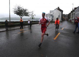 Alister Brownlee corre en el IM de Irlanda