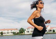 Mujer corre embarazada