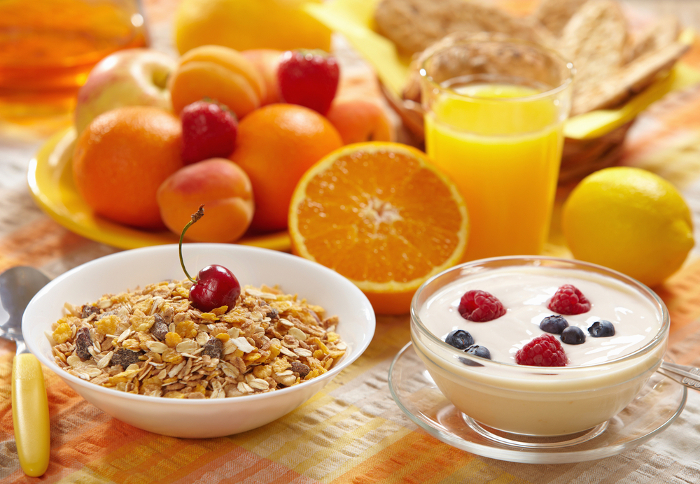 Desayuna fruta y más